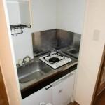 お料理がしやすいガスコンロ付きのキッチン(キッチン)