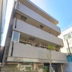 菊川駅から徒歩3分の立地!(外観)