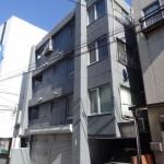 目黒線・西小山駅より徒歩5分のマンションです!(外観)