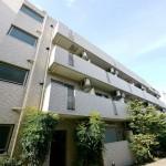 板橋本町駅より徒歩5分の立地!(外観)